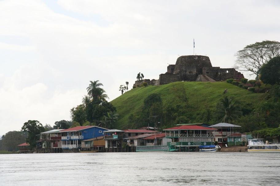 El Castillo aan de rivier Rio San Juan