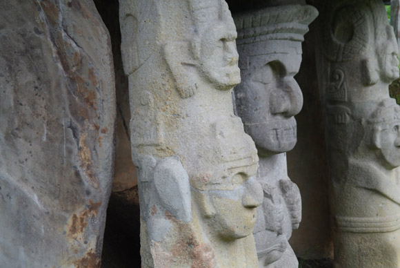 Indiaanse sculpturen in San Agustín Colombia