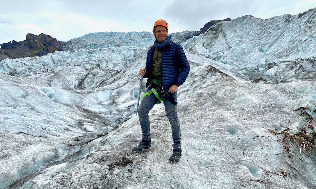 Michiel op de gletsjer